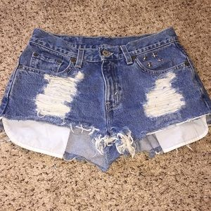 Distressed Vintage High Waisted Mom Jean Shorts